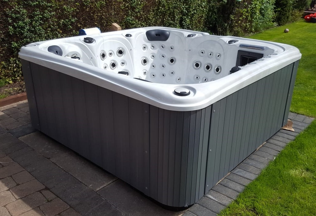 Rose Hot Tub, Rose 6 Seat Hot Tub, 6 Seater Hot Tub, 6 Person Hot Tub